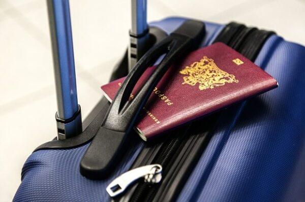 Negato imbarco per inadeguatezza dei documenti di viaggio.