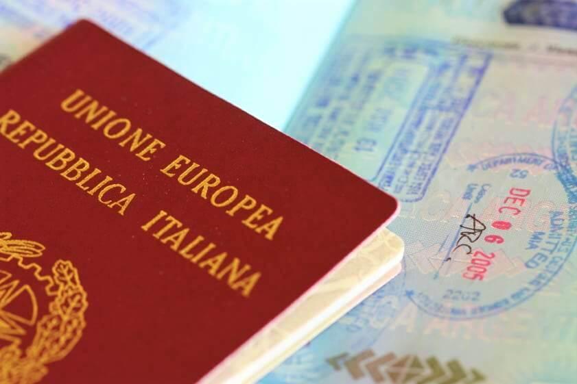 Quali documenti servono per ottenere la cittadinanza italiana?