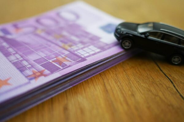 Come tutelarsi nella vendita di un veicolo
